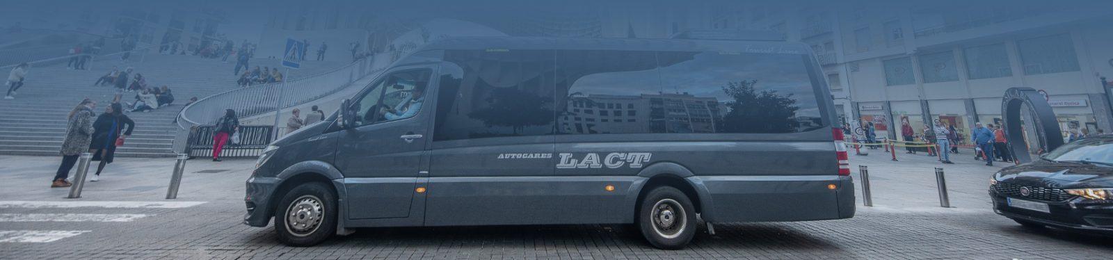 Location de minibus à Séville